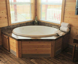 Ocean View Jetted Tub Cottage Photo 3